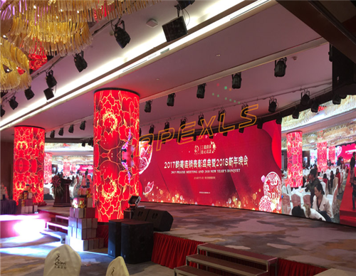 P3mm Cylindrical LED Display in Shenzhen